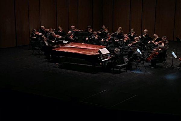 ديفيد فراي وأصدقاءه يقدمون أداء استثنائياً لأعمال باخ في افتتاحموسم موسيقى أبوظبي الكلاسيكية 2020