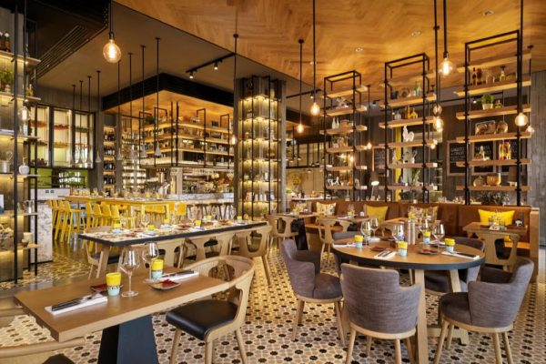 مطعم فيرسو الإيطالي الفاخر يطلق قائمة عشاء جديدة