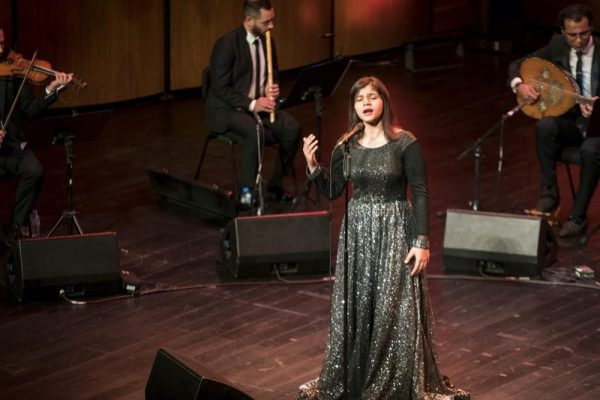 سناء نبيل تحيي روائع العصر الذهبي ضمن موسم موسيقى أبوظبي الكلاسيكية