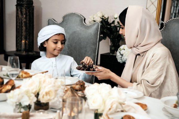 مجموعة جميرا تدعوكم للتمتع بأشهى وجبات الإفطار من مطاعكم المفضلة برفقة أحبائكم في المنزل