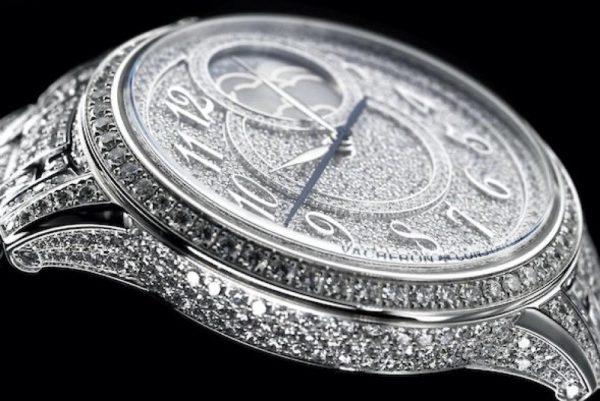 """إيجيري مون فايز جولري أنوثة تشع بالماس دعوة إلى عالم """"صناعة الساعات الراقية"""""""