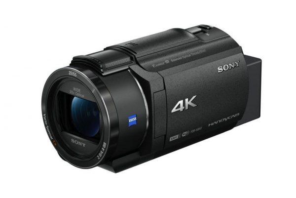 سوني تطلق كاميرا تصوير الفيديو المدمجة الجديدة