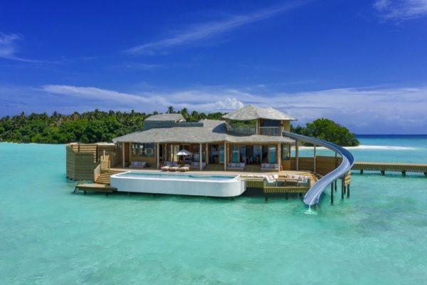 منتجع سونيفا فوشي المالديف يفتتح أكبر فلل مائية في العالم