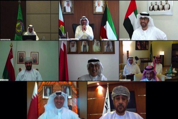 يؤكد حرص دولة الإمارات على مواصلة التنسيق والتشاور