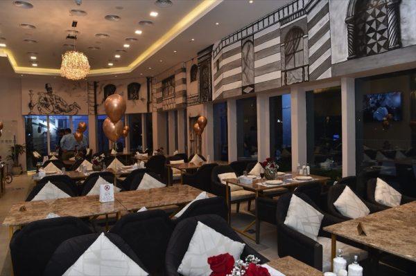 افتتاح مطعم البكوات في منطقة الخليج التجاري بدبي