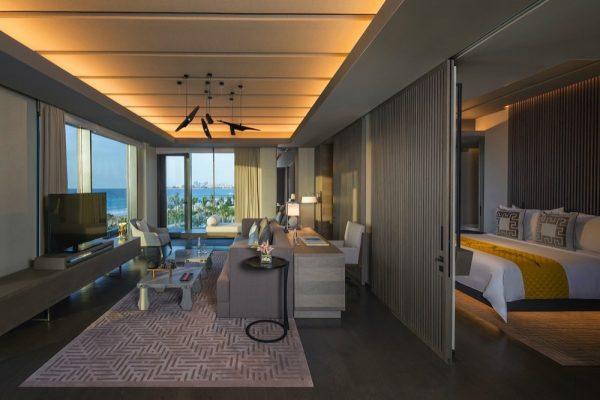 سيزرز بالاس بلووارتز دبي يطرح عروض إقامة محلية فاخرة