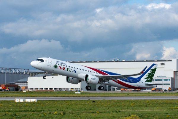 تسليم طائرة A320 ذات الرقم التسلسلي 10 آلاف