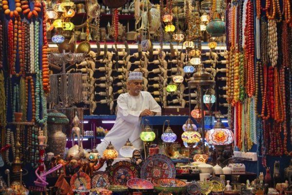 """مسابقة """" لحظات """" تحتفي بـ 10 سنوات من الإبداع وتمكين للمواهب العربية"""