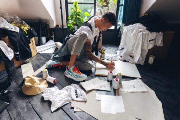ريبوك تحتفل بالاستدامة من خلال إطلاق تشكيلة أزياء رياضية جديدة