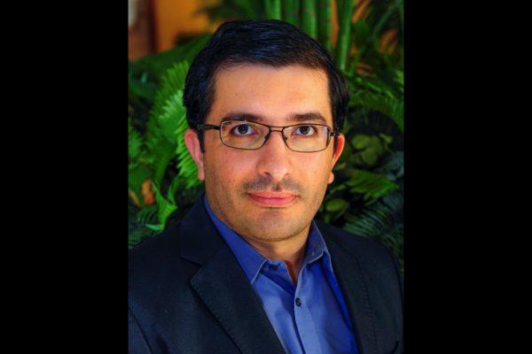 أستاذ في جامعة أبوظبي يخترع أداة هجينة قد تحقق ثورة