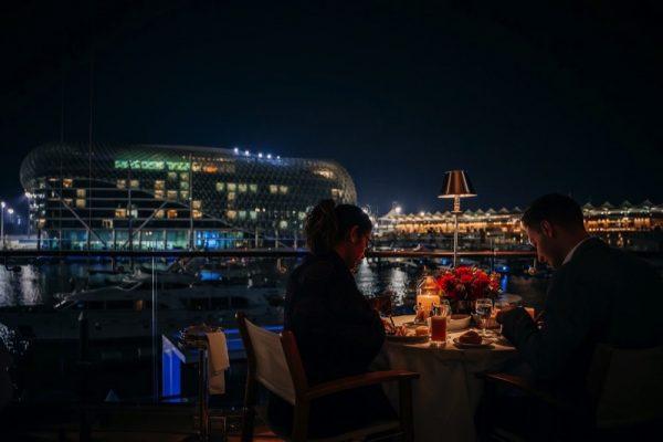 مطعم تشيبرياني جزيرة ياس يدعو ضيوفه للاحتفال بعيد الحب
