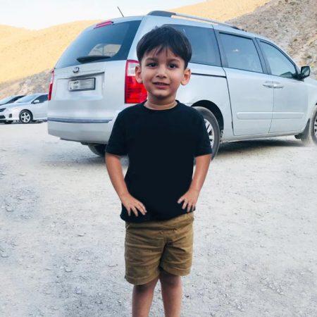 جهود جبارة لفريق البحث والانقاذ المشترك  إنقاذ طفل آسيوي تاه في جبل ينس برأس الخيمة لمدة 12 ساعة