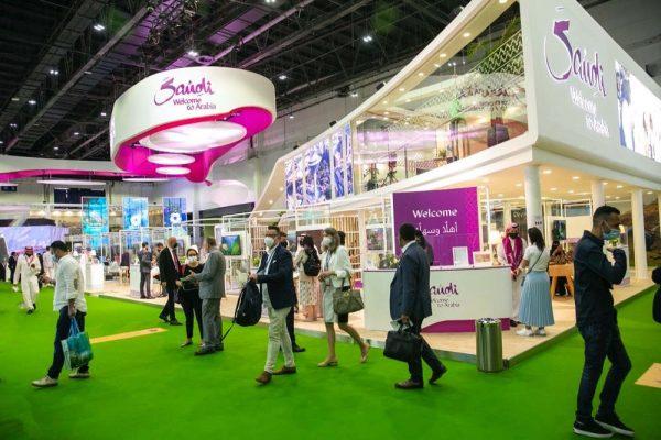 """رواد صناعة السياحة حول العالم في """"سوق السفر العربي"""""""