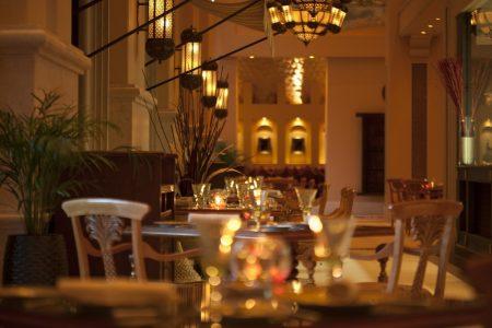 تجارب ذوقية مُميّزة لامثيل لها في مطاعم قصر الإمارات